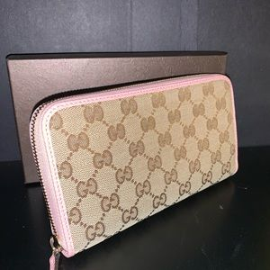 GUCCI GG Signature Zip Around Wallet Pink